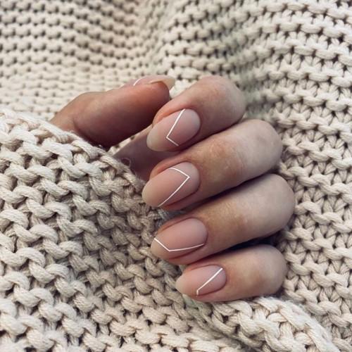 short nail art design 9